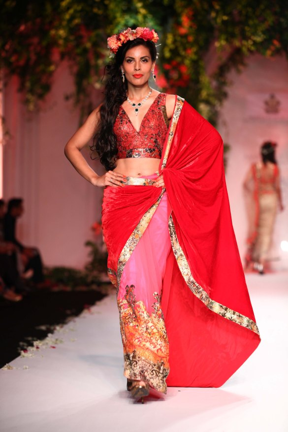India Bridal Fashion Week Delhi 2013 - Model seen in Falguni & Shane's Collection_4