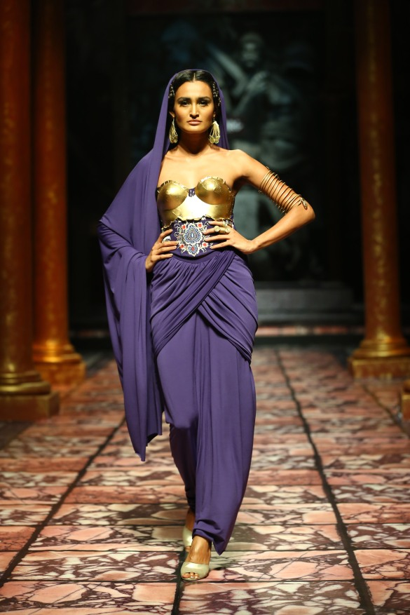 India Bridal Fashion Week Delhi 2013 - Model seen in  Suneet Varma's Collection_2