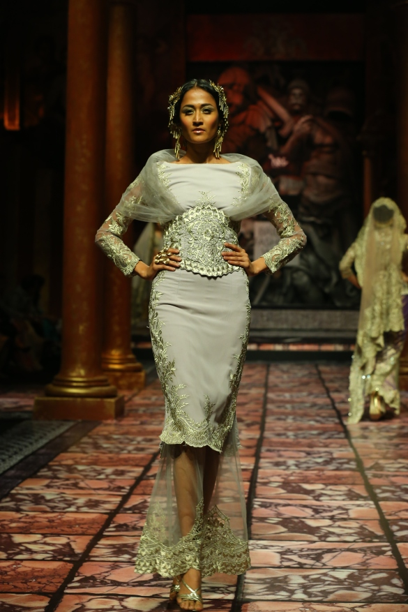 India Bridal Fashion Week Delhi 2013 - Model seen in  Suneet Varma's Collection_8