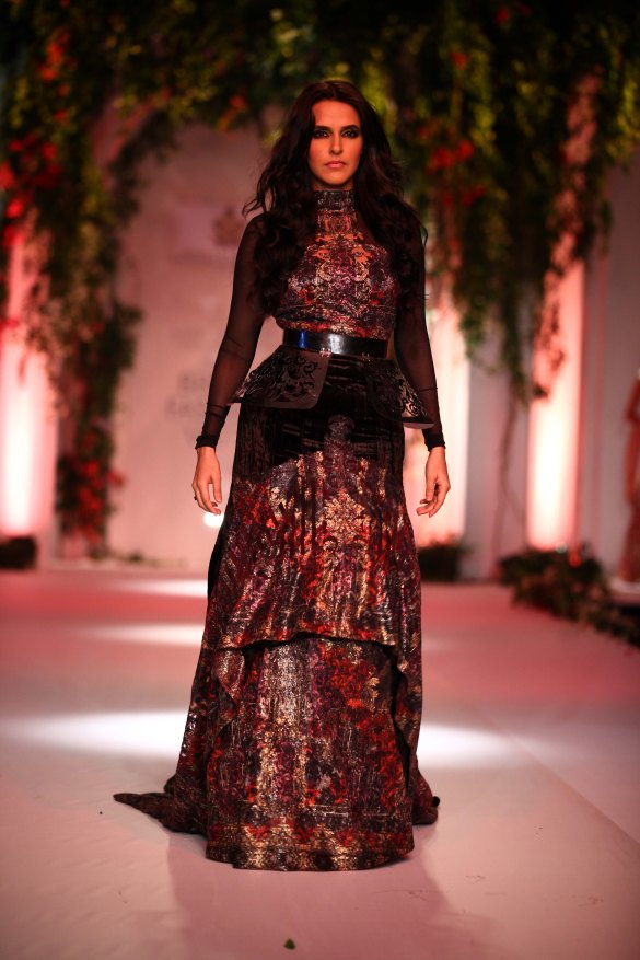 India Bridal Fashion Week Delhi 2013 - Neha Dhupia as the showstopper of Falguni & Shane's Collection_2