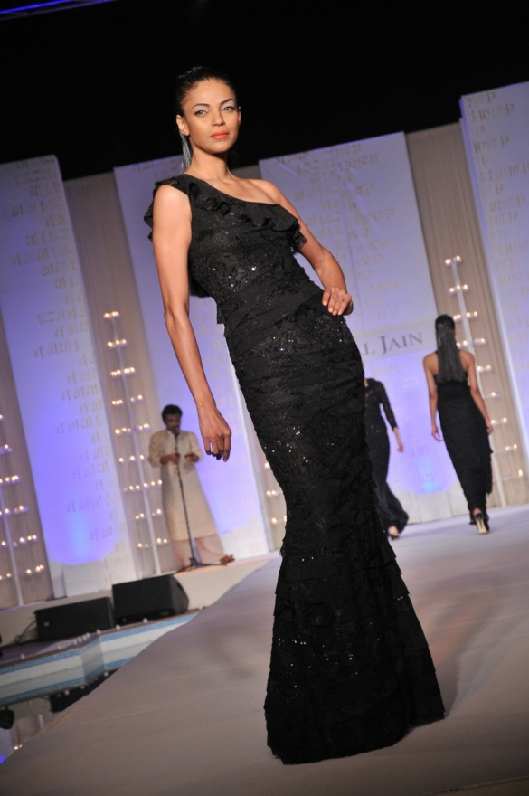 Nayanika Chatterjee showcasing the collection
