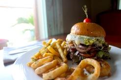 Rumbar Classic Burger