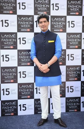 Manish Malhotra at his collection preview of LFW SR 2015