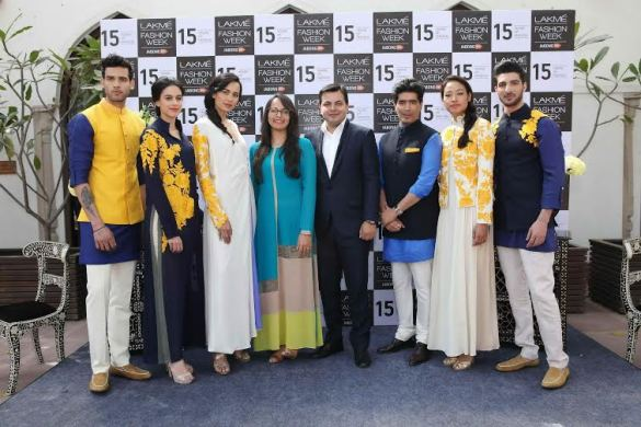Manish Malhotra's collection preview for LFW SR 2015 with Saket Dhankar, Head Fashion IMG Reliance and Purnima Lamba, Head of Innovation, Lakme