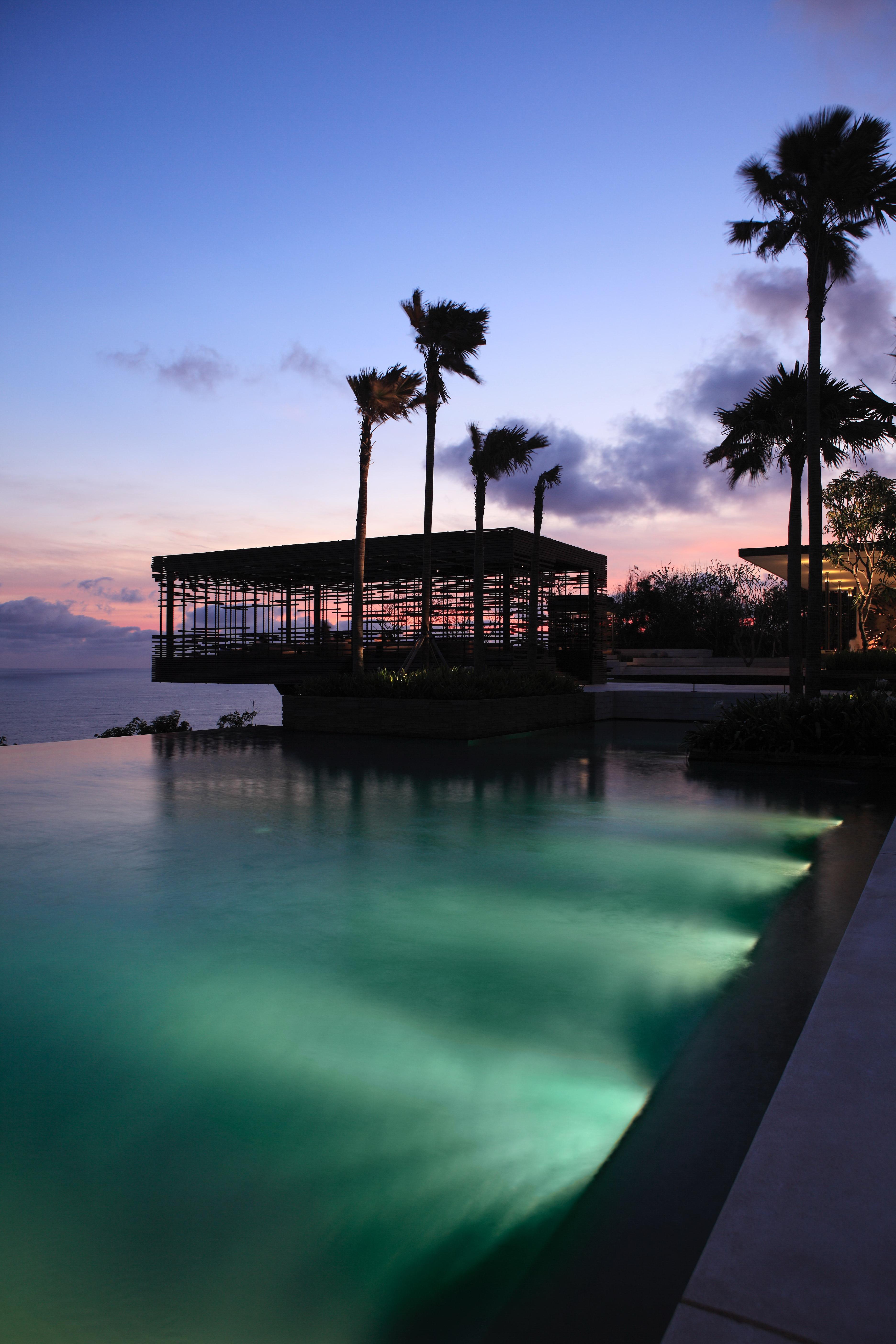 Alila Villas Uluwatu - Exterior - Sunset Cabana 02