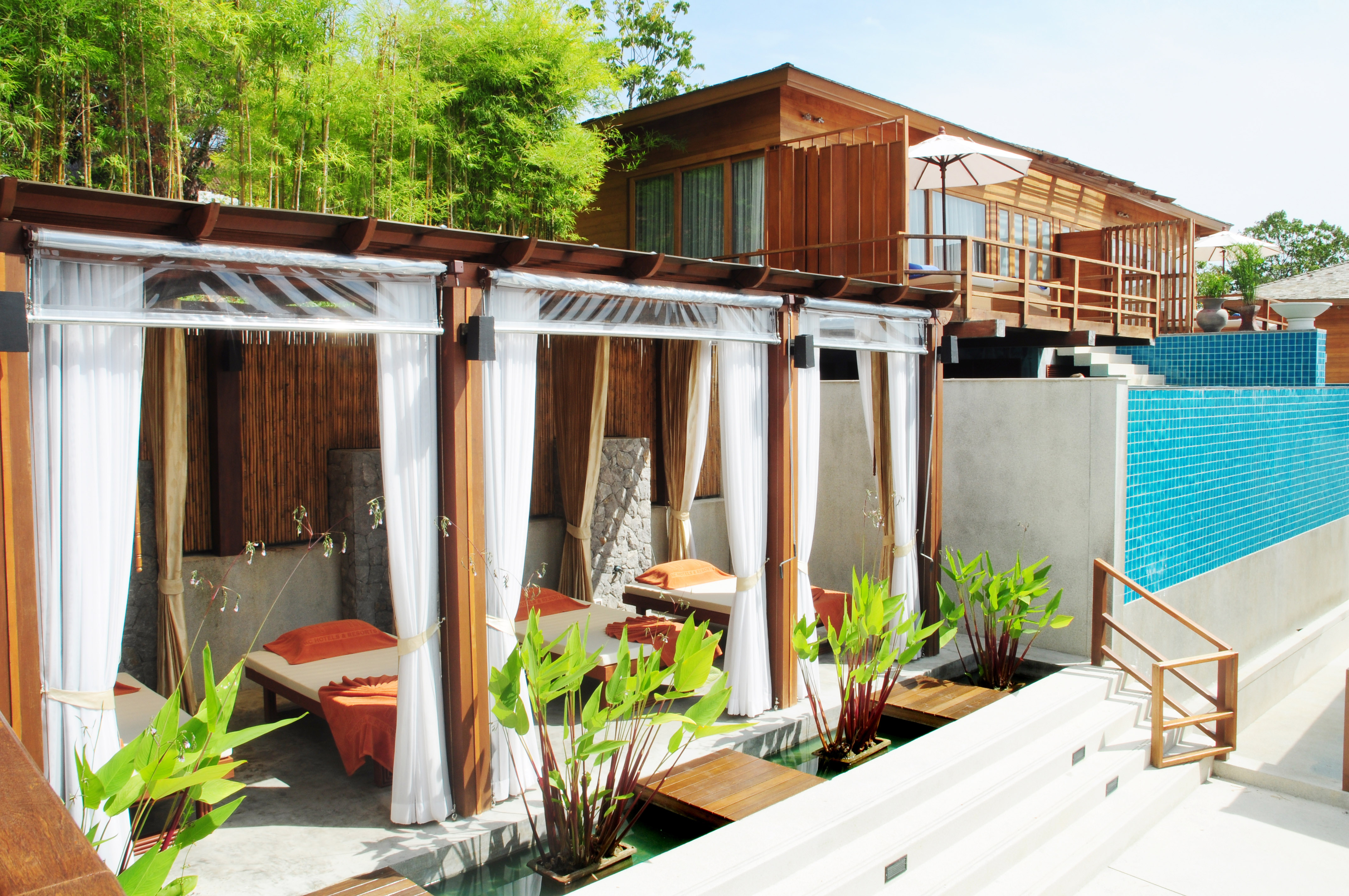 Outdoor Thai Massage Salas